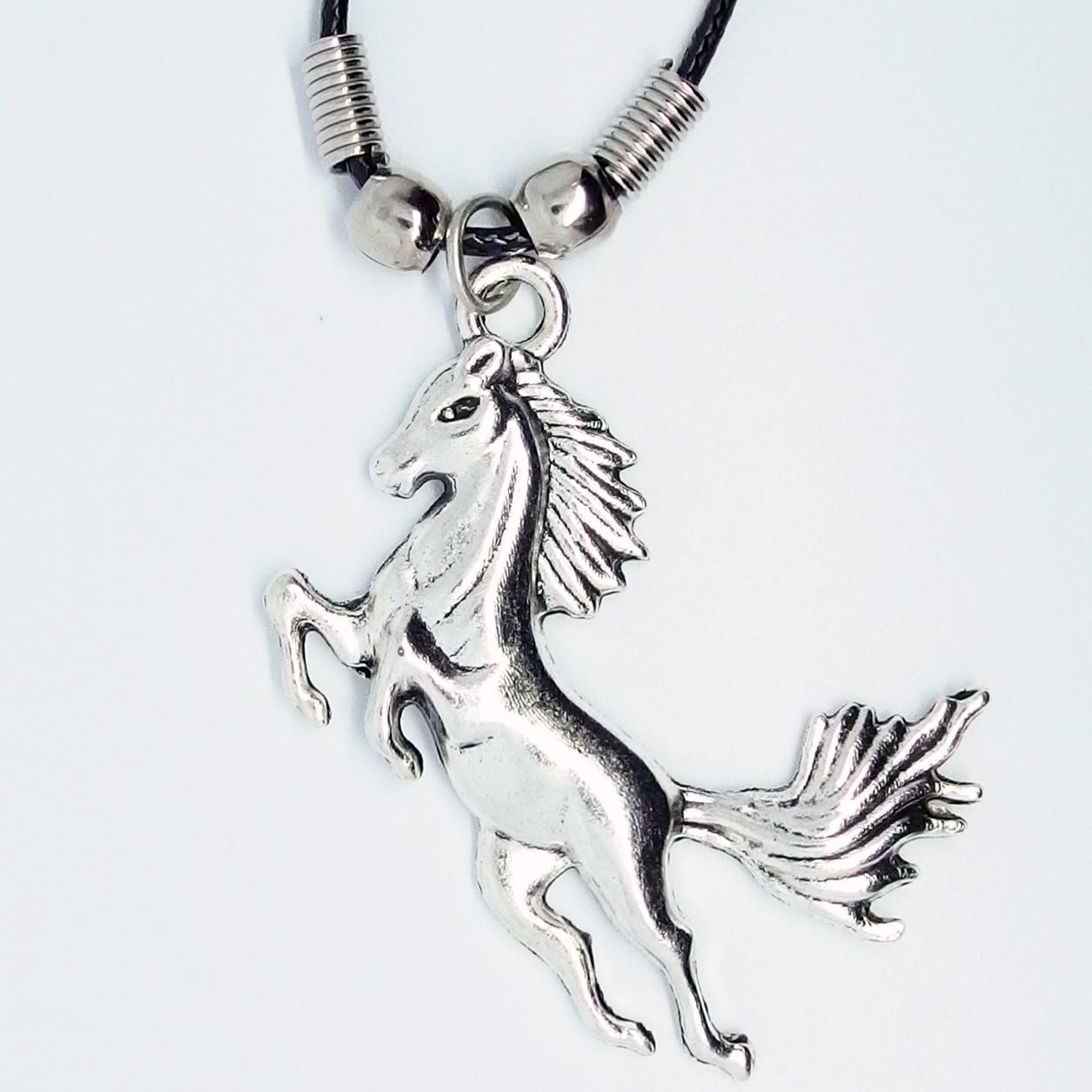 MK149 - Ketten springendes Pferd