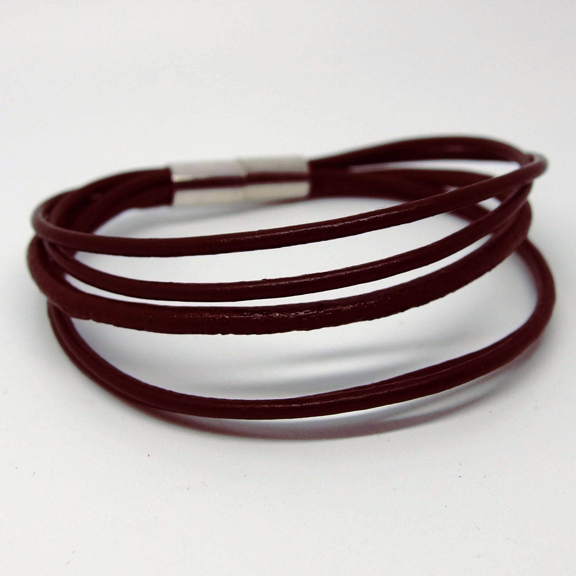 AB114 - Leder Armbänder braun 5 reihig mit Magnetverschluß