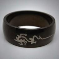 STR045 Ringe aus Edelstahl Schwarz Drache Tribal