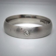 STR053 Ringe aus Edelstahl matt 1 Stein