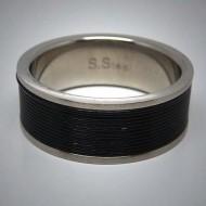 STR077 Ringe aus Edelstahl m. schwarzem Edelstahlseil umwickelt
