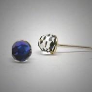 OS157 Ohrstecker aus Silber fassetierte Kugel Swarovski kristal blau s.
