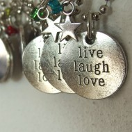 KM002 - Modeschmuck Ketten live, laugh, love
