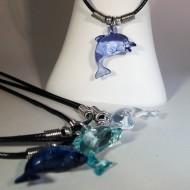 PL015 - Ketten für Kinder mit Delfinen aus Kunststoff blautöne