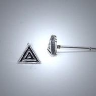 OS096 Ohrstecker aus Silber Dreieck